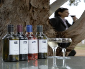 Woolaway Wines - Australia Accommodation