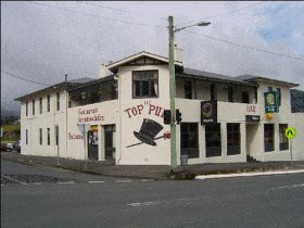 The Top Pub - - Australia Accommodation