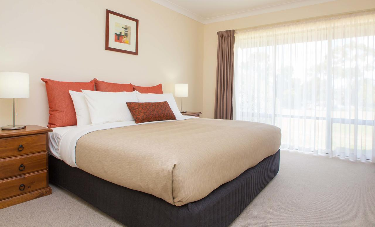 McCracken Country Club - Australia Accommodation