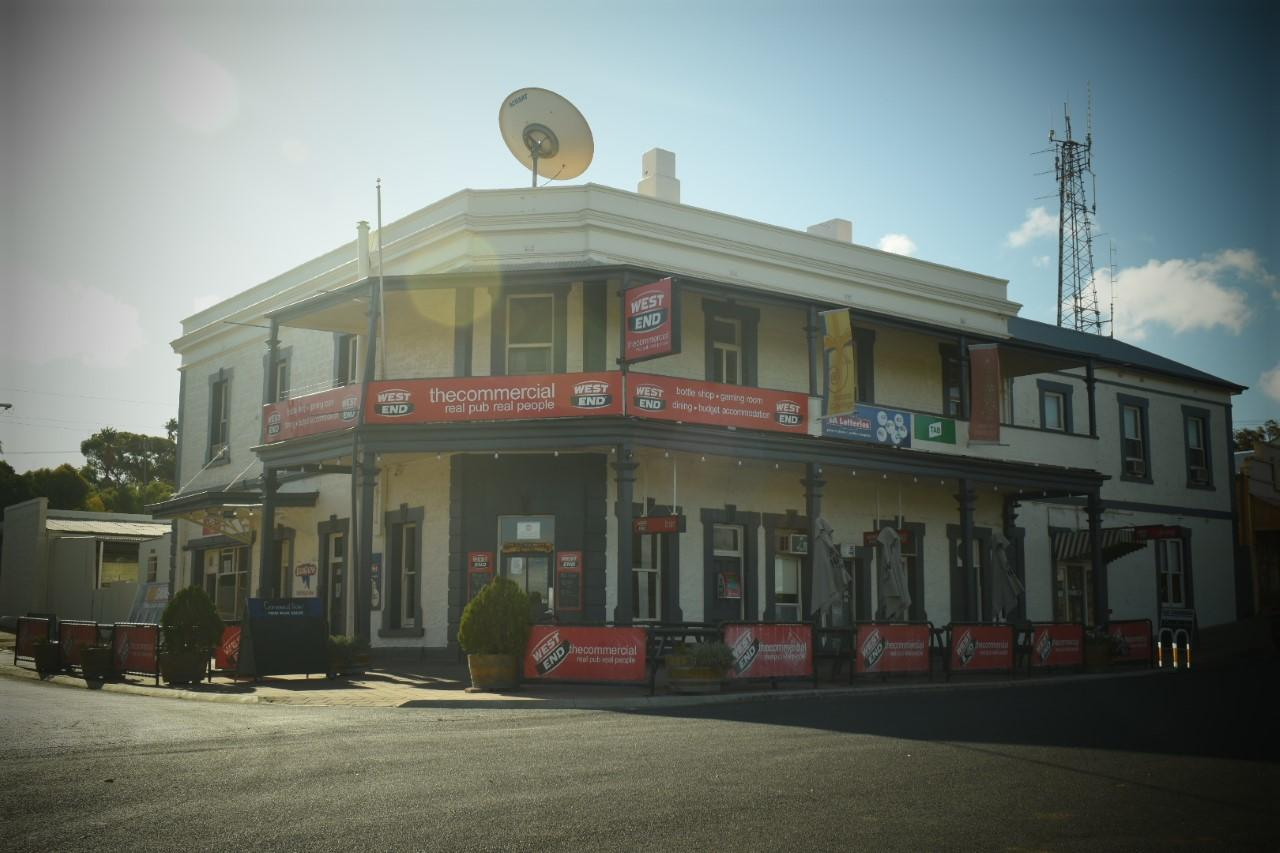 Commercial Hotel Morgan - Australia Accommodation