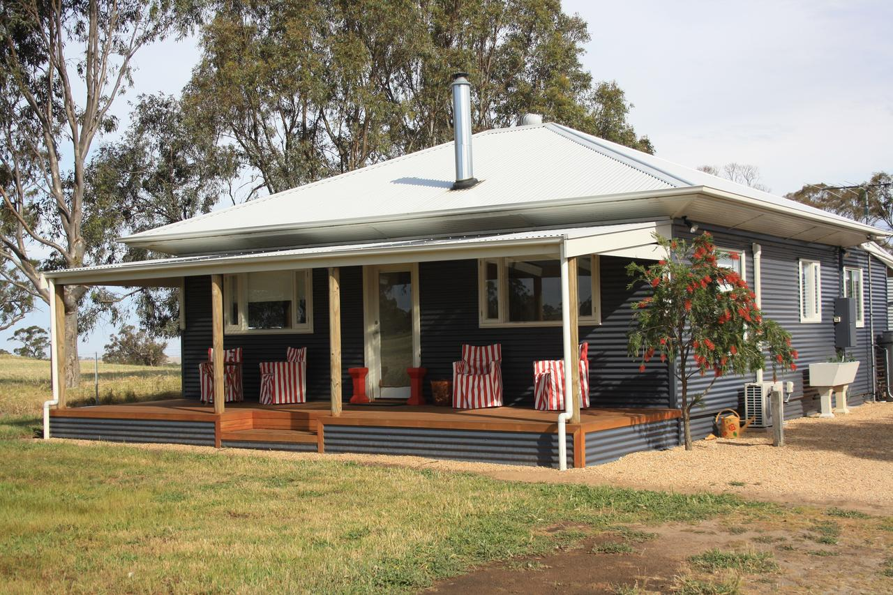 Rabbiters Hut - Australia Accommodation
