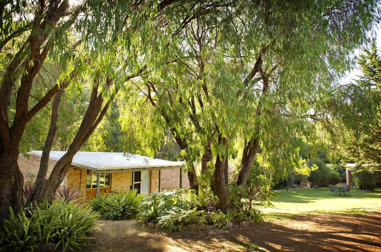 Peppermint Brook Cottages - Australia Accommodation
