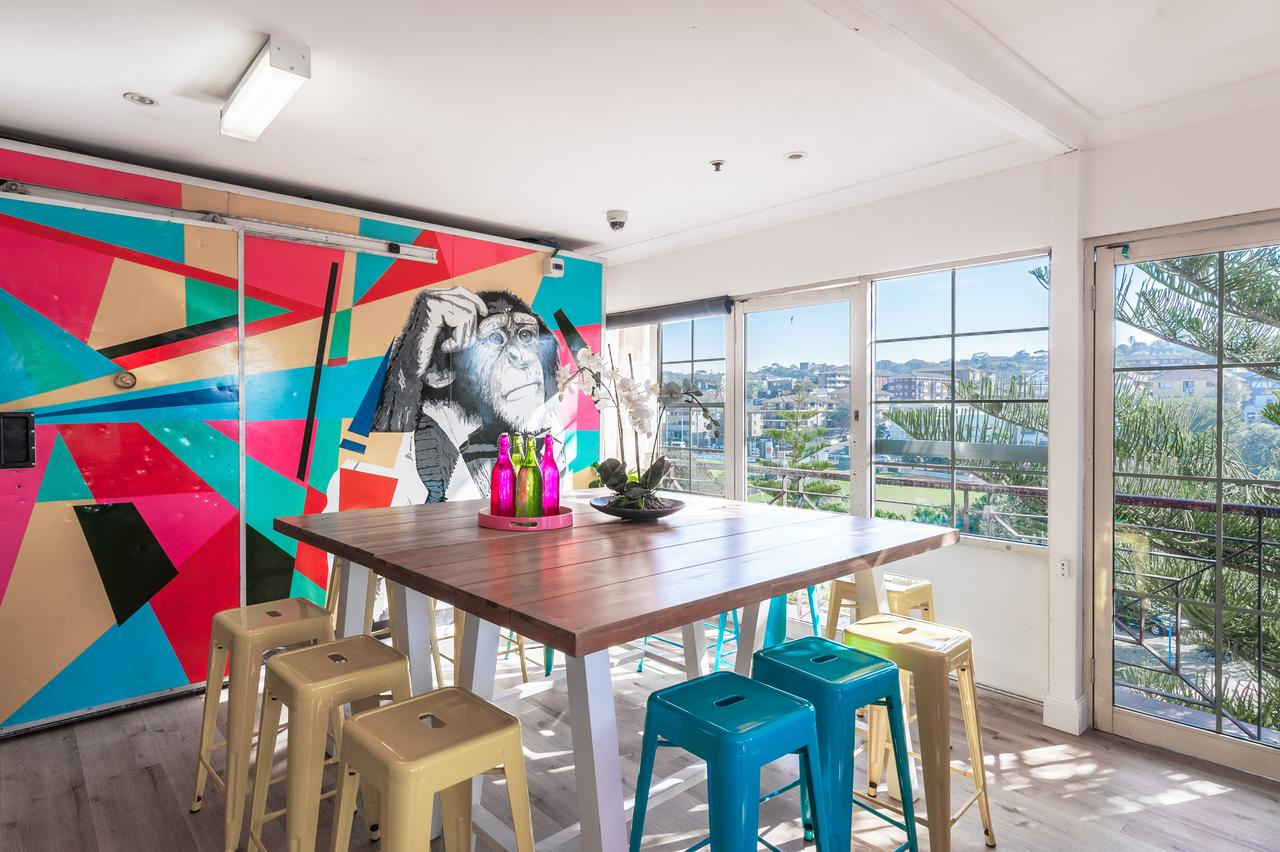 Mad Monkey Coogee Beach - Australia Accommodation