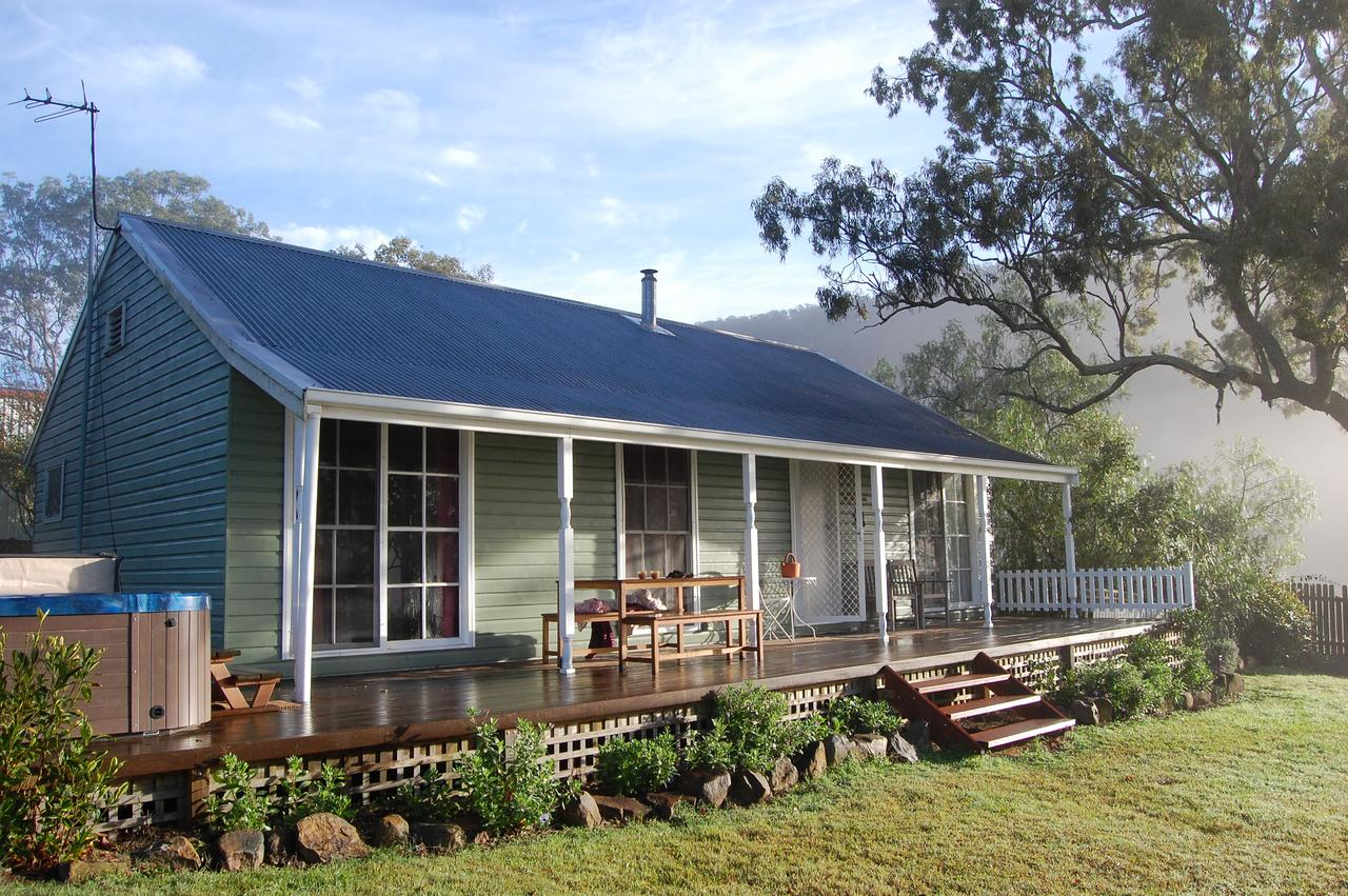 Cadair Cottages - Australia Accommodation