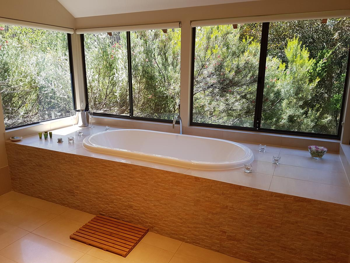 Jarrah Grove Forest Retreat - Australia Accommodation