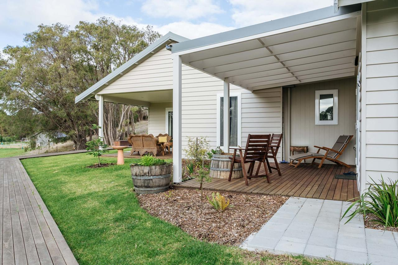 Stablebase - Australia Accommodation